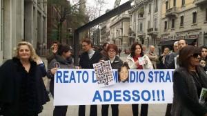 """Manifestazione """"Non suicidatevi ribellatevi"""""""